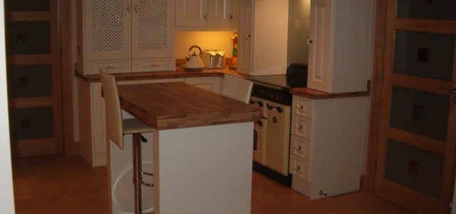 Ivory and walnut kitchen, bespoke kitchen design Galway